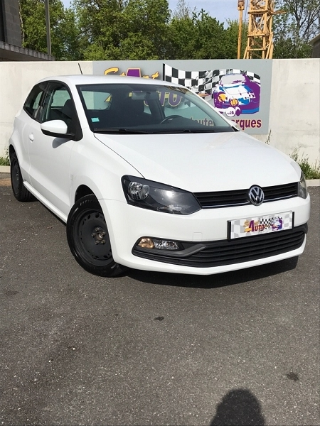 Volkswagen POLO 1.4 TDI 90CH BLUEMOTION TECHNOLOGY TRENDLINE BUSINESS 3P Diesel BLANC Occasion à vendre